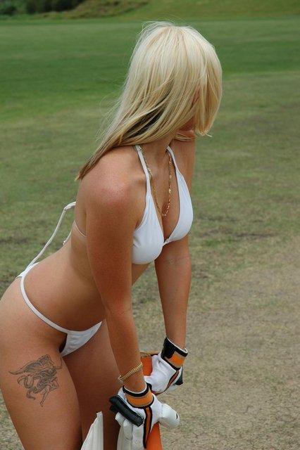 hot-cheerleaders-ipl-cricket-16.jpg