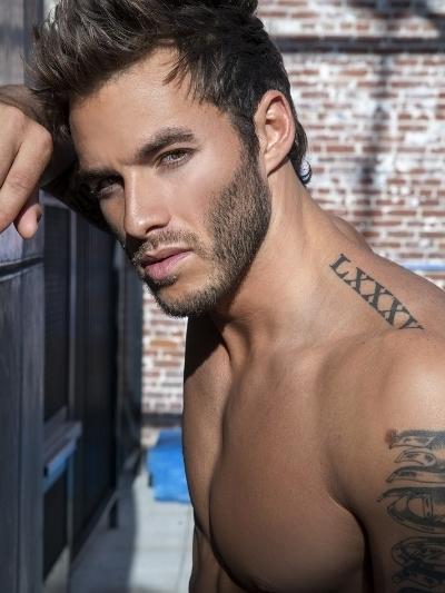 Hot tattooed guy